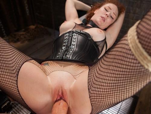 fetisch-sex-mit-einer-rothaarigen-schlampe
